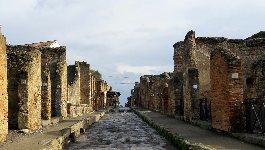 PVT da Napoli a Sorrento con stop a Pompei